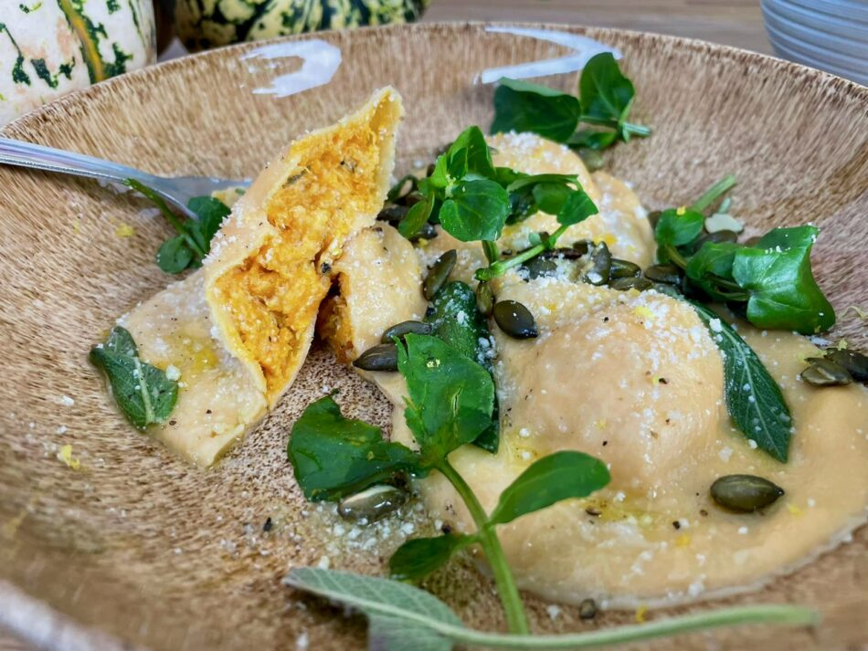 ravioli med græskar og ricotta fyld