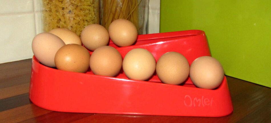 Rød omlet æggerampe